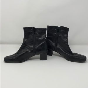 Nine West Black leather short booties size 6 1/2